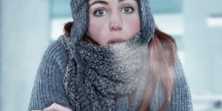 Blog-Freezing girl